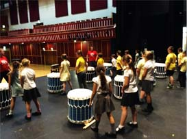 Drumming lessons on the Taiko drum
